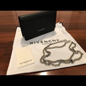 Givenchy Pandora Wallet on Chain Clutch/Crossbody